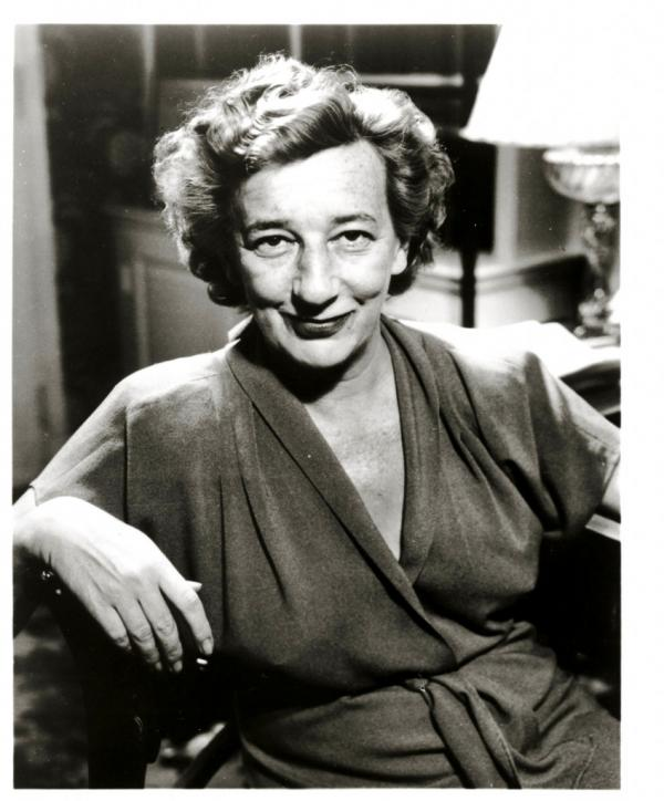 critical essays on lillian hellman Lillian hellman adapted the little foxes into a screenplay in 1941 that starred bette davis as regina and won critical acclaim for director william wyler and cameraman gregg toland, later famed for his deep-focus camerawork in citizen kane the black-and-white film was nominated for nine academy awards, but received none.